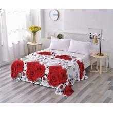 Patura Cocolino pufoasa pentru pat dublu 200 x 230 cm Alba cu trandafiri rosii