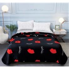 Patura Cocolino cu margine pentru pat dublu 200 x 230 Neagra cu buze si gene