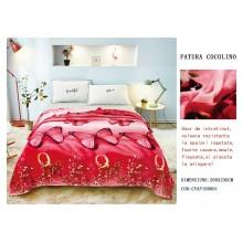 Patura Cocolino pufoasa pentru pat dublu 200 x 230 cm Rosie cu fluturi